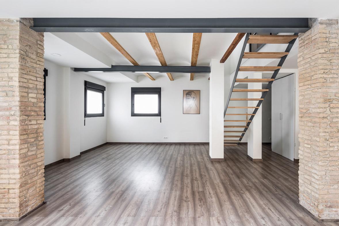 Reforma integral de vivienda salón comedor