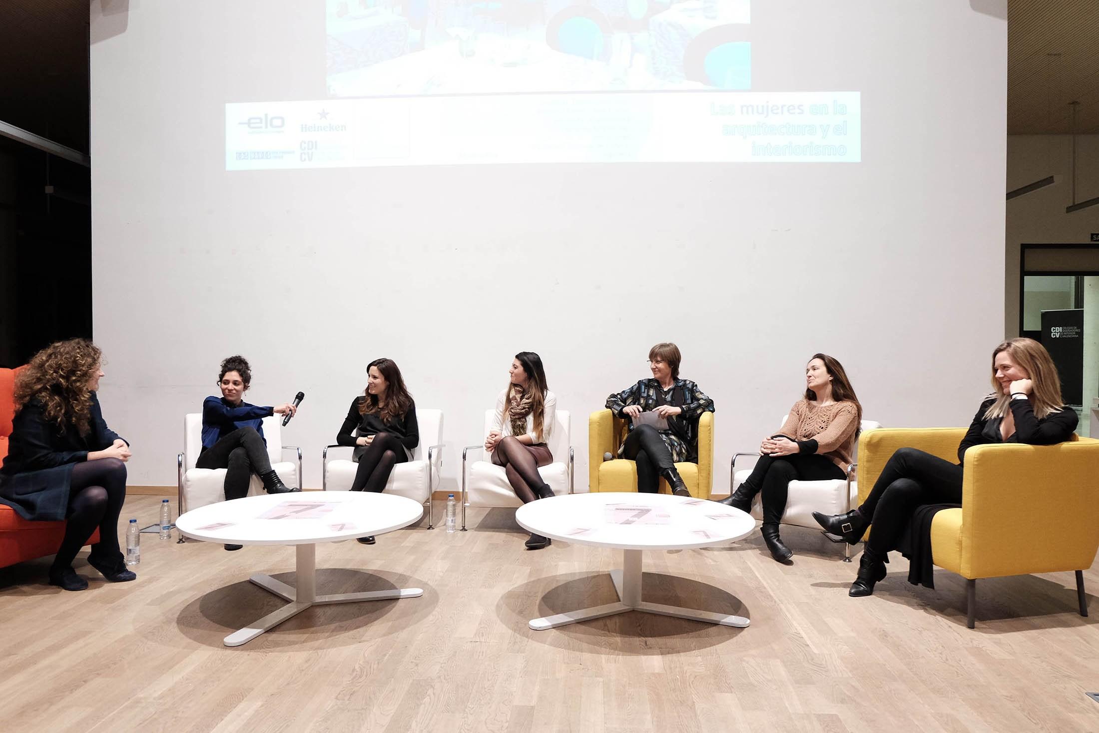 Fotos: Mujeres en la Construcción, el Diseño y la Arquitectura