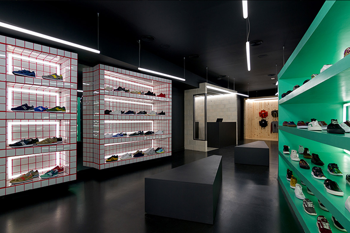 proyecto interiorismo tienda deporte d brand store valencia