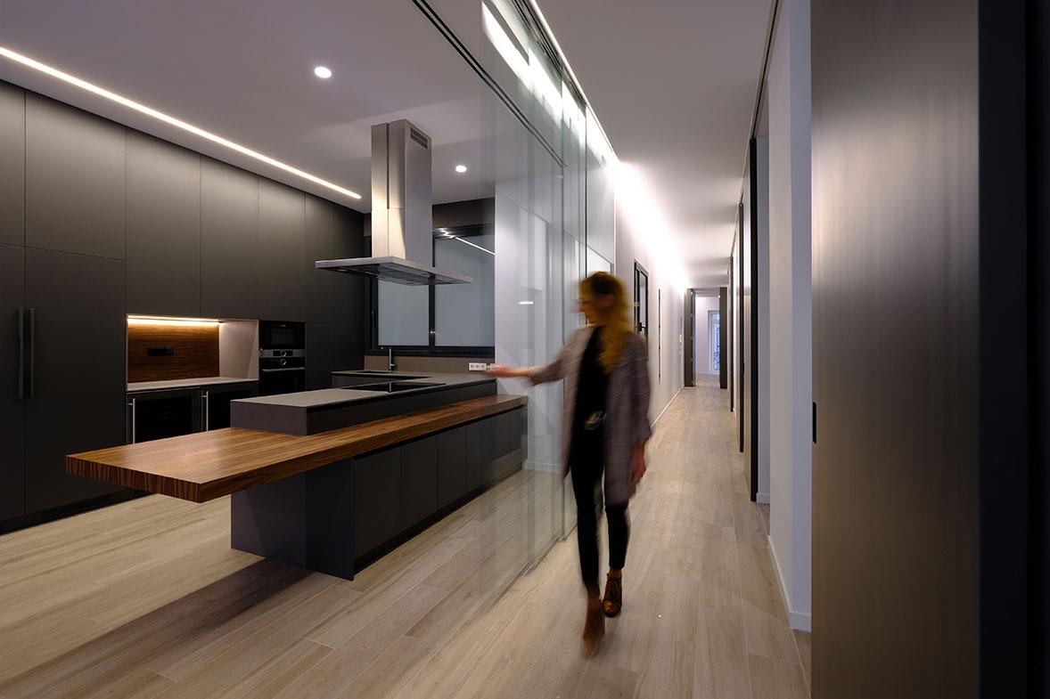 vivienda-mar-arquitectura-y-diseno-total-arquitecto-interiorismo-constructora-valencia-elo-construcciones-masefe-reforma-vivienda-lujo-01